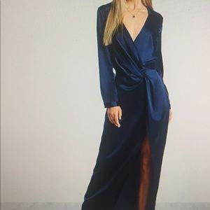 Long sleeve satin V neck collar dress